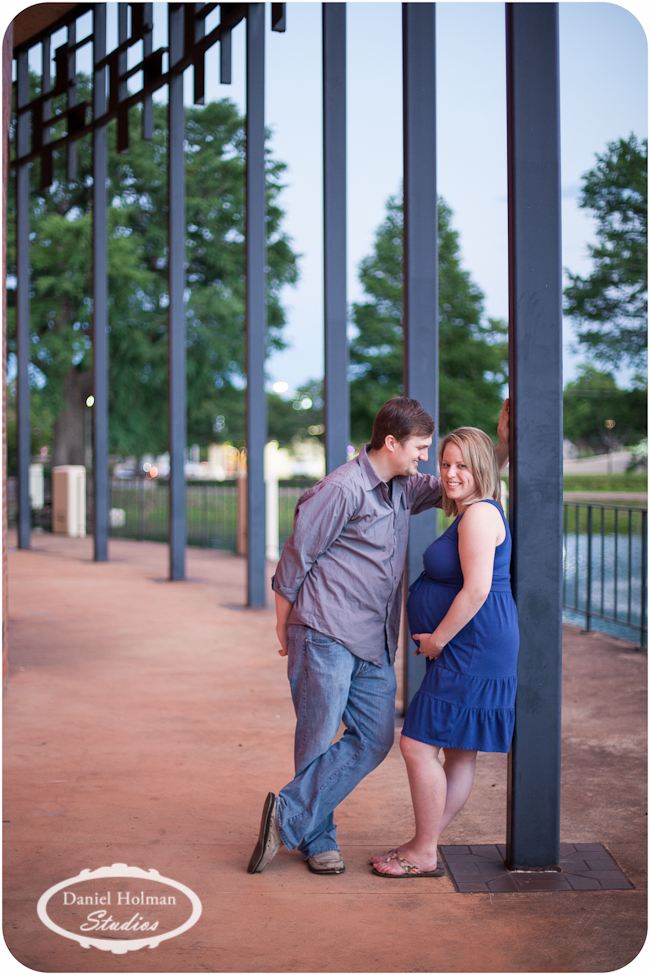 pregnant couple pictures