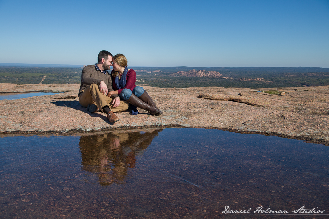 Enchanted Rock Engagement Shoot – Chris & Stephanie