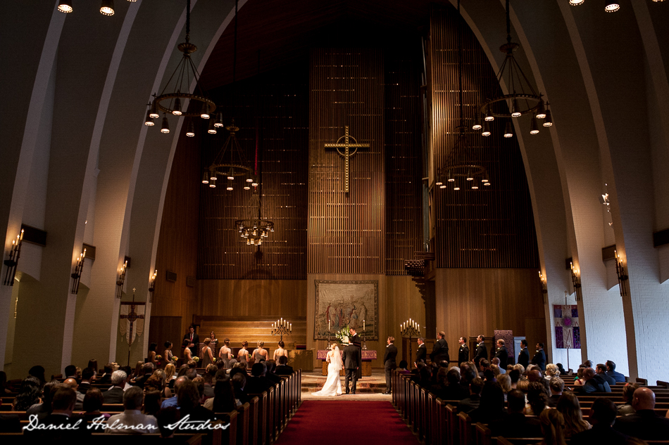 incarnate-word-wedding-photographers