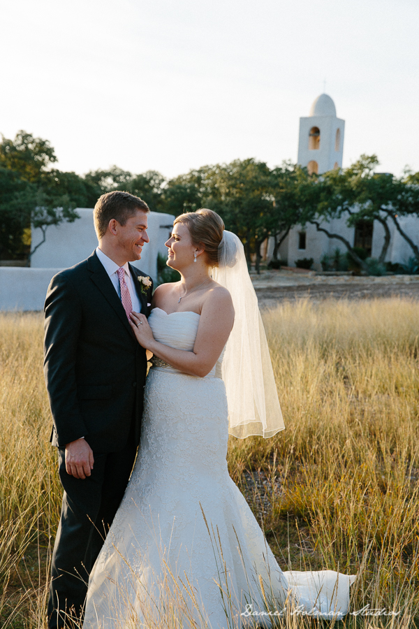 Alecia & Jason | Lost Mission Wedding in Spring Branch, Texas