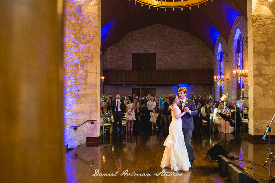 photojournalistic wedding photographers